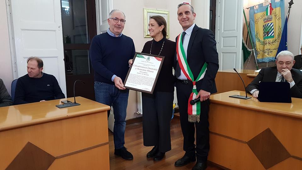 Romano Pitaro riceve la cittadinanza onoraria di Sersale